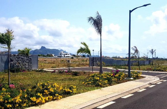 Property for Sale - Residential land - beau-vallon